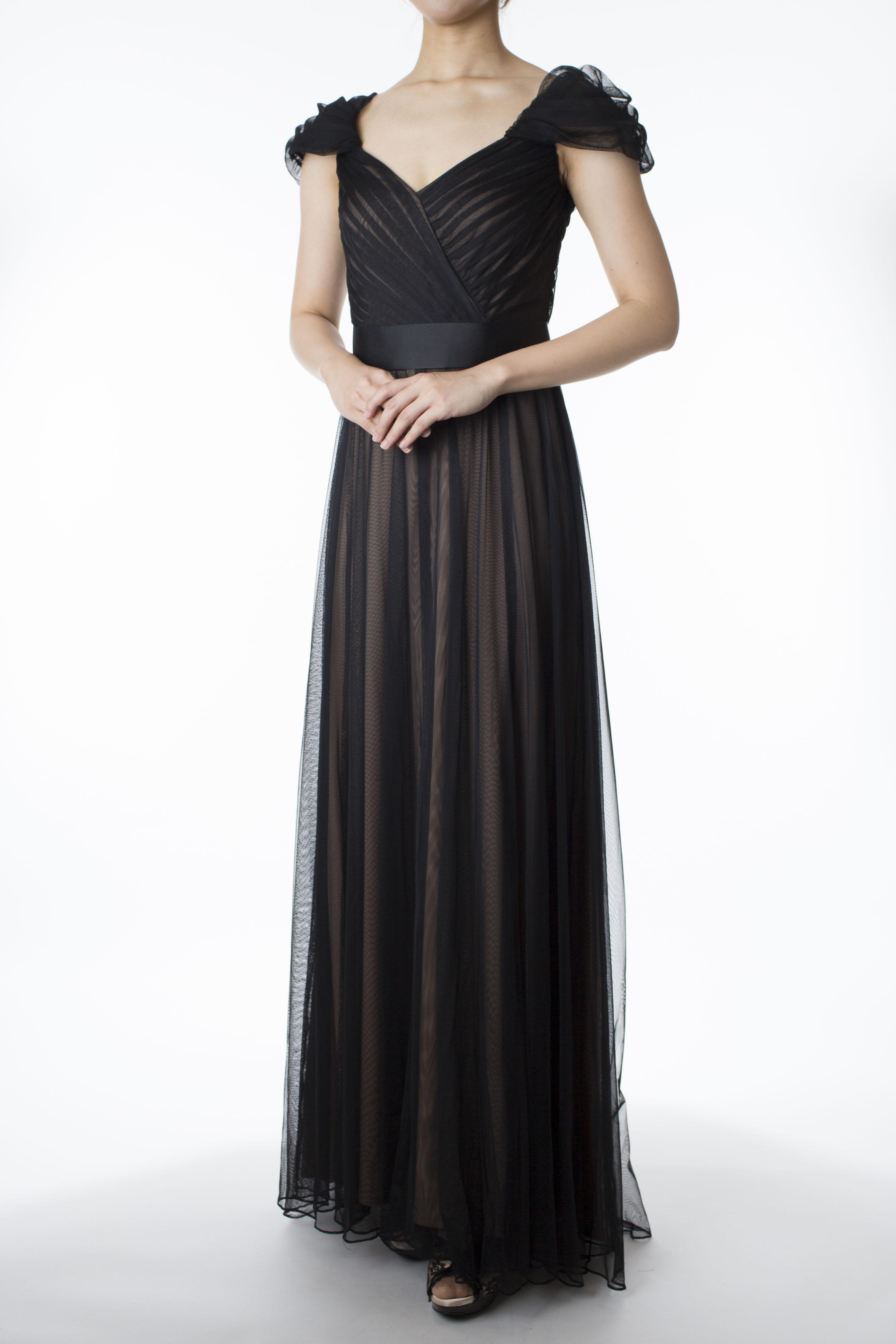 e9fa791ded377 元宝塚トップスター蘭寿とむさんのソロライブにドレスを提供いたしました。