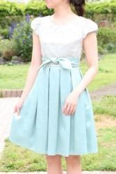 20,30代レンタルドレス淡いグリーンの袖つき姫ドレス hp:9845