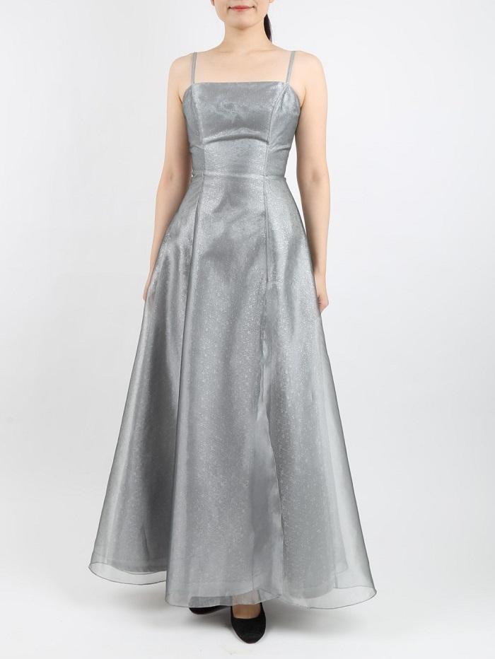 Dress Black (ドレスブラック )シルバーのマキシ丈ドレス