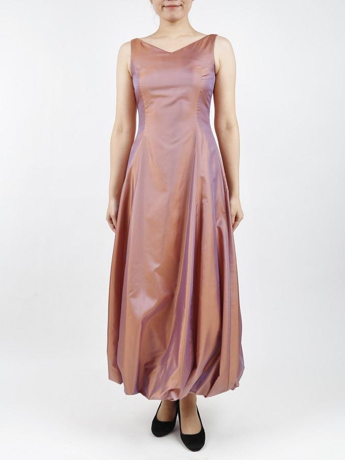 サーモンピンクのバルーンロングドレス