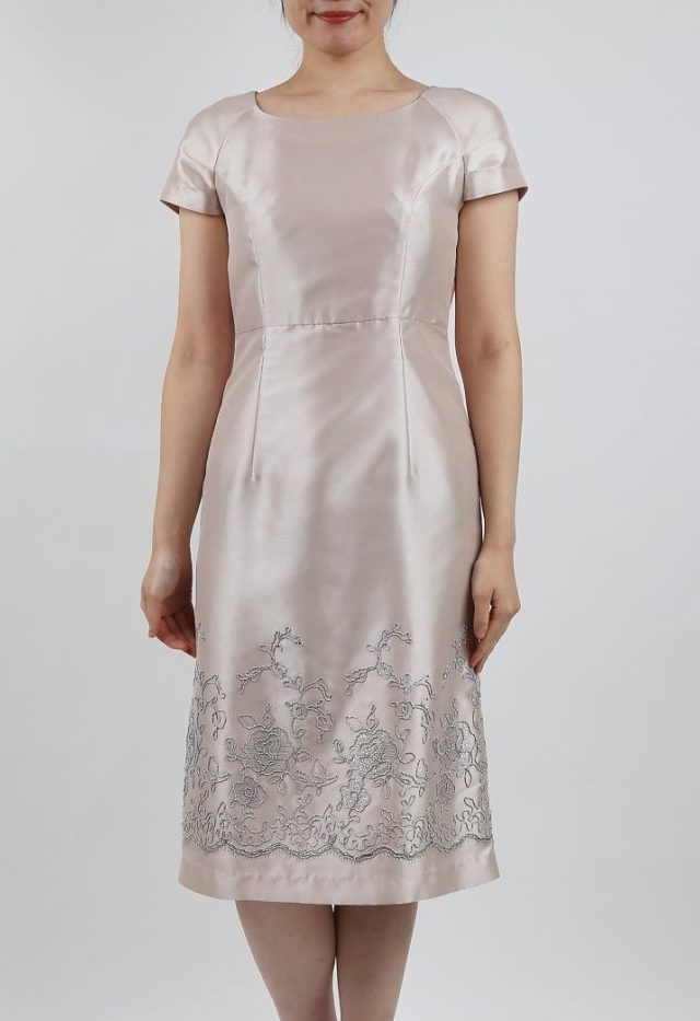 70e091fc8bbe3 PREFERENCEのシャンパンゴールドのラメ刺繍ドレス