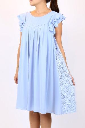 袖付きのサイドレースワンピースドレス(サックスブルー)
