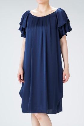 She's(シーズ)ヴィンテージサテンのネイビーの袖付きドレス