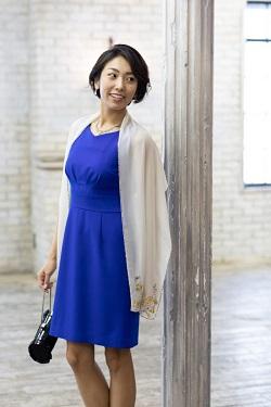 87d21a56cdca0 青は色味によって、可愛いからかっこいいまで見せることができる、とても人気なお色です。地味すぎず目立ちすぎな色ということもあり、結婚式でも安心して着用して  ...