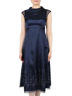 Mariko Kohga裾のデザインが可愛いネイビーの襟付きドレス