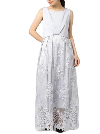 刺繍デザインがさわやかなアイビーモチーフのロングドレス(アイスグレー)