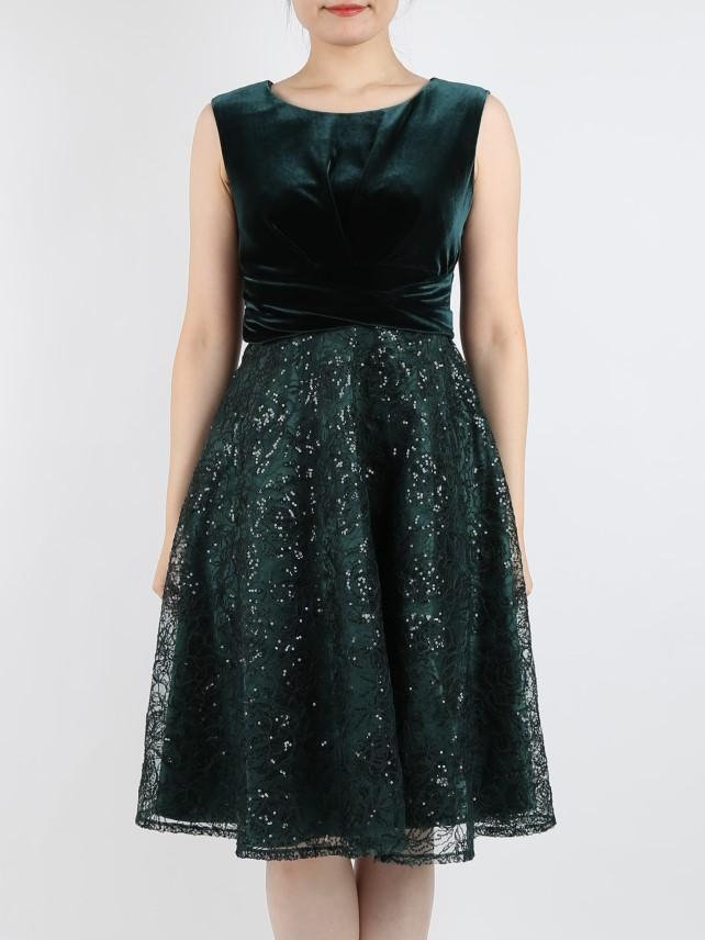 ベロア×ゴージャスなビーズ刺繍の上品ドレス(ダークグリーン)