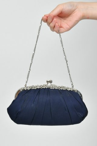 ネイビーのお花モチーフラインストーン付プリーツバッグ