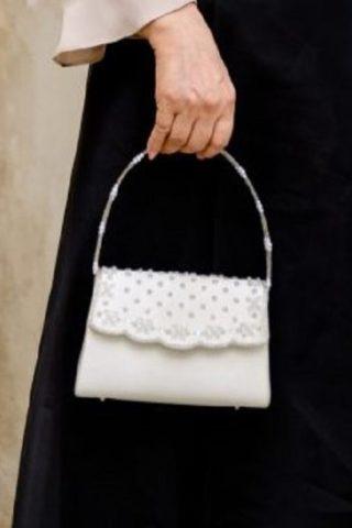 ホワイト固定ストラップのビジューバッグ